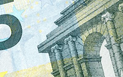 Crisis houdt aan: Nederland bezuinigt massaal